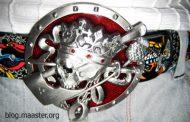 """Gürtelschnalle """"Crown Skull"""" von Bergamot"""
